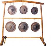 Portique pour les 6 gongs